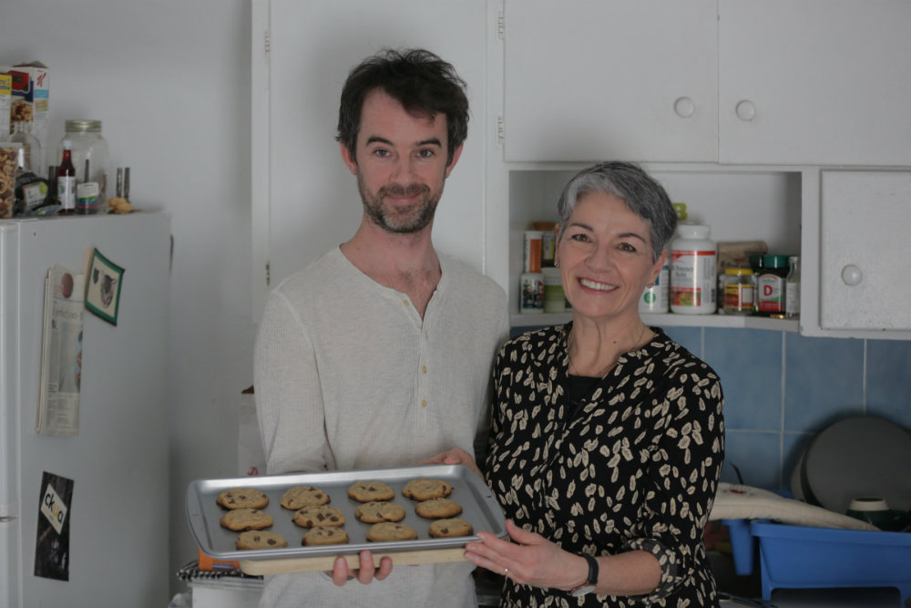 shaun_aunt_holding cookies